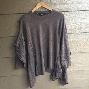 Simply Vera Vera wang poncho style sweater